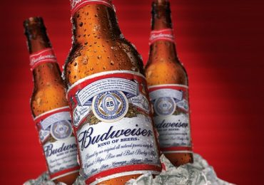 Bia Budweiser là gì? Bia Budweiser giá bao nhiêu 1 thùng