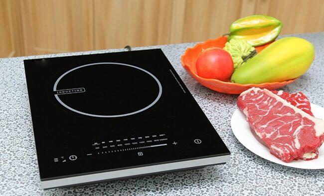Bếp từ hay còn gọi là bếp điện từ