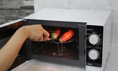Nướng khoai bằng lò vi sóng