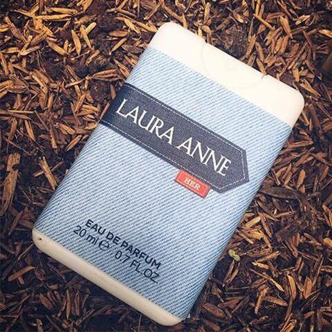 Nước hoa nữ Laura Anne Blue