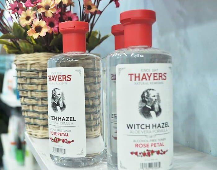 Bao bì nước hoa hồng Thayers khá cổ điển