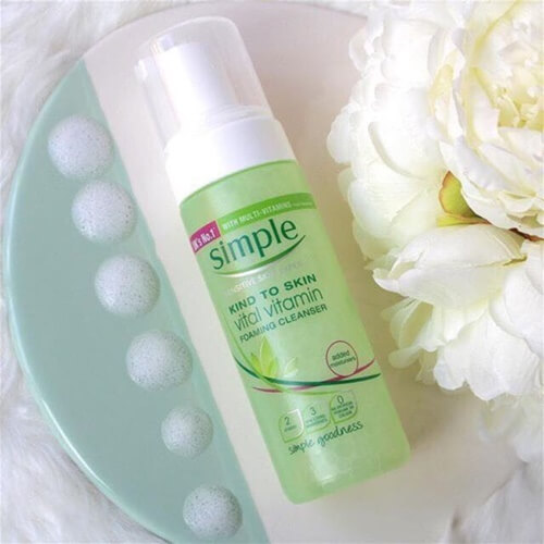Simple Skin To Skin Vital Vitamin Foaming Cleanser