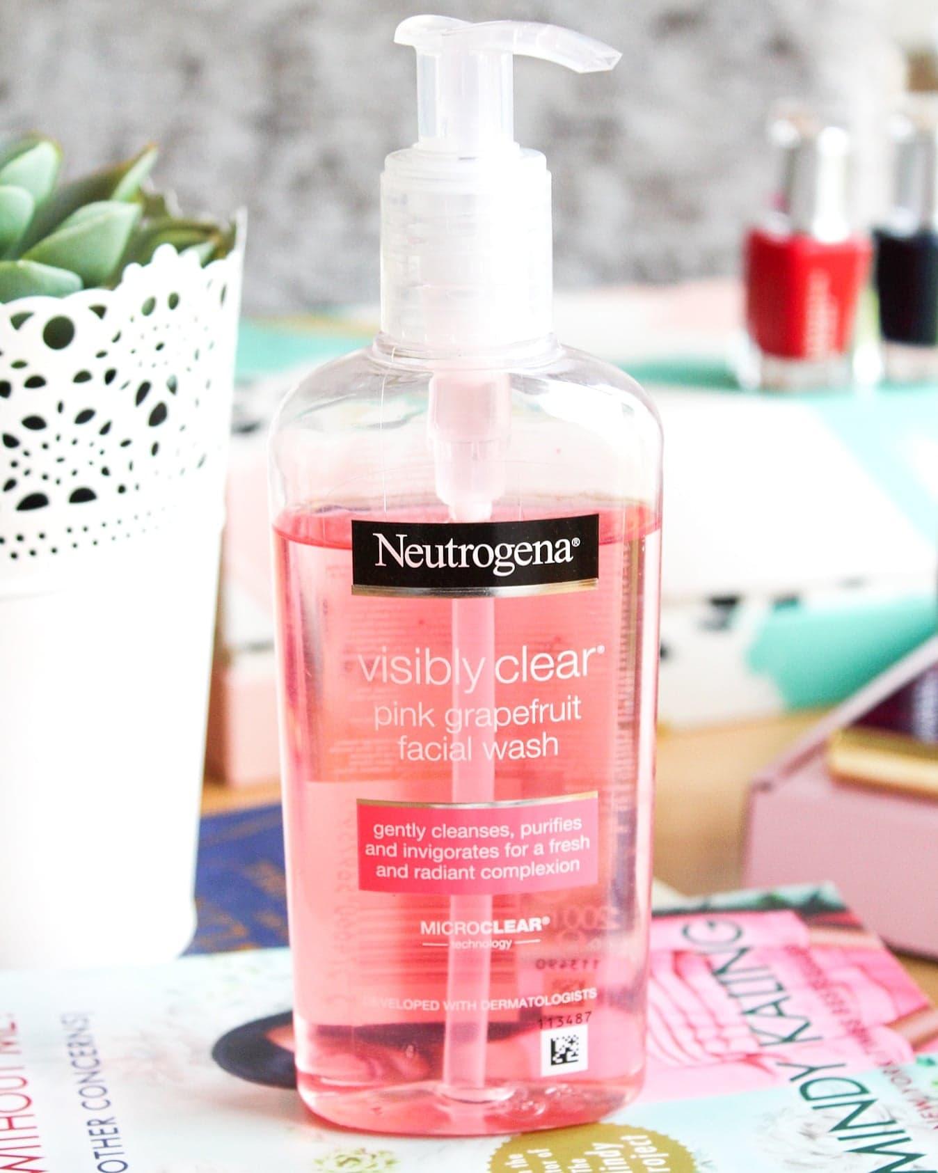 Neutrogena Visibly Clear Pink Grapefruit Facial Wash