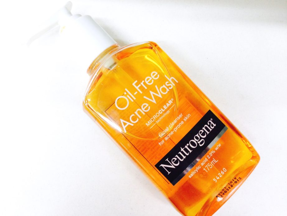 Neutrogena Oil-Free Acne Facial Cleanser